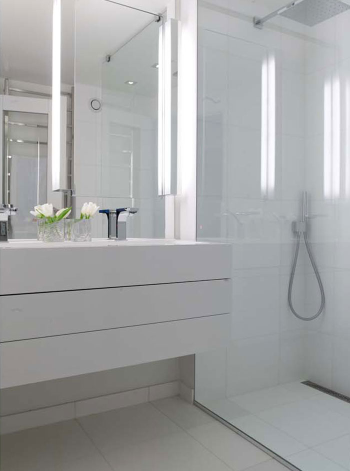 City Luxe bathrooms by Oppegård Designs